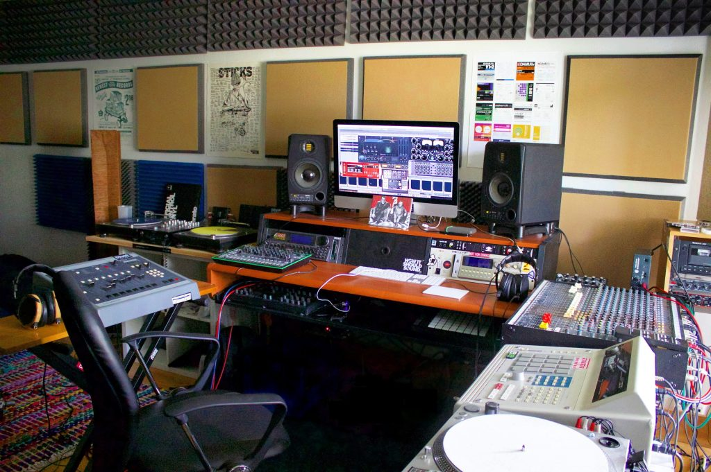 studio_